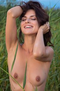 Model Jasmine Jazz in Siren Song